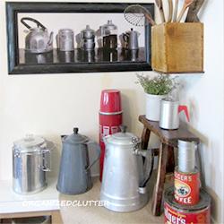 coffee themed kitchen vignette | dwellinggawker